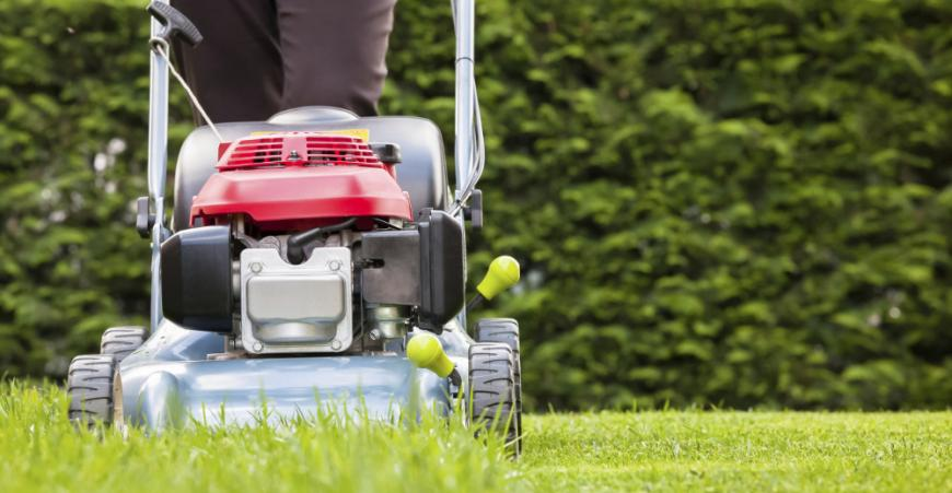 Pour une pelouse toujours bien entretenue, le CAEC vous aide...